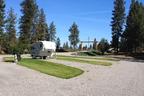 Each RV site has plenty of ample room up to 140' in length