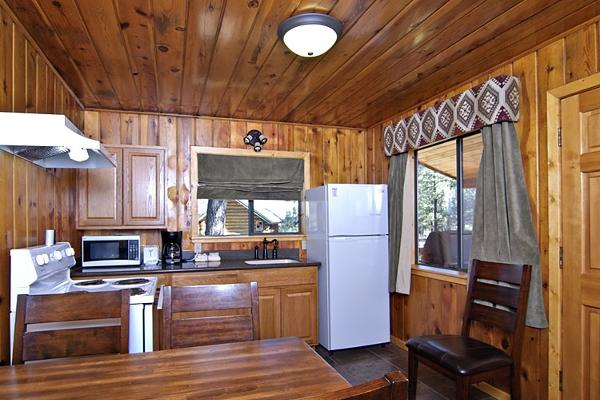 Juniper cabin Kitchen