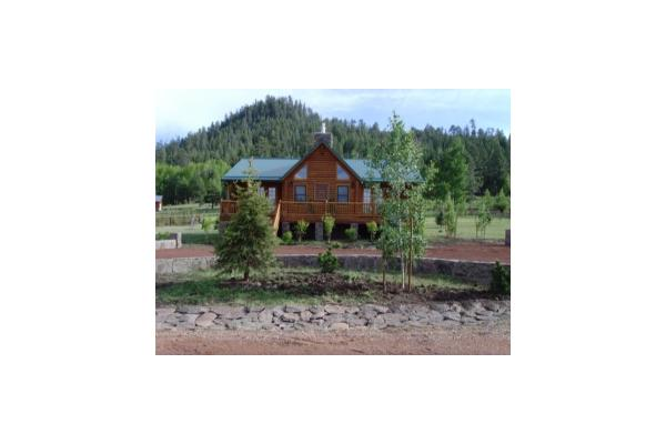 Rustic Retreat Sleeps 8