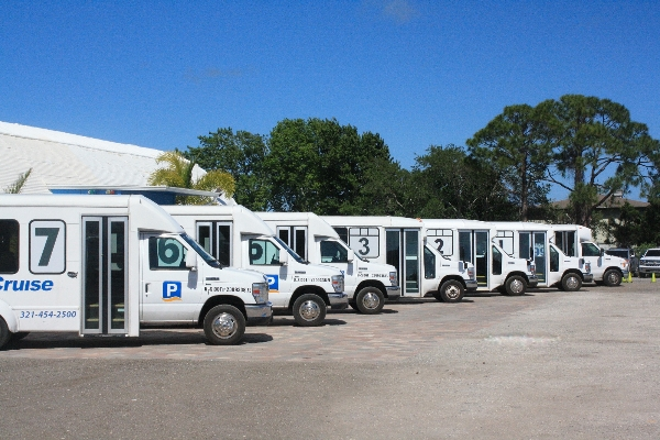 FREE SHUTTLES EVERY 15 MINUTES