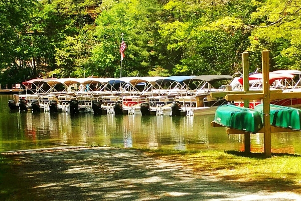 Boat ramp and dock in Summer