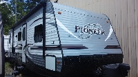 2015 Pioneer by Heartland, 29' with slide-out, Sleeps 8 to 10 people