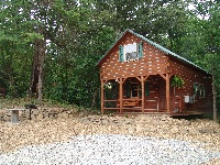 Sassafras Ridge - Two story Log Cabin sleeps 6-8 people