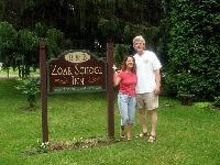 Innkeepers Joe and Gayle